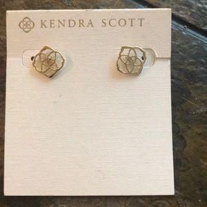 Jewelry - Kendra Scott studs gold